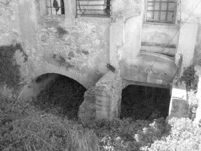 Esquerra 100 m avall del pont de Borriana. Molí  de les Tatxes 5.jpg